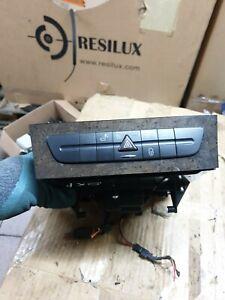 Mercedes E class w211 CD changer/switch panel A2116800572