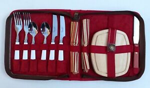 Picnic At Ascot Set Insulated Silverware Cutting Board - Pre-owned