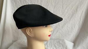 LADIES FLAT CAP BLACK NEW WITHOUT TAGS
