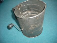 COLLECTIBLE VINTAGE TIN FLOUR SIFTER KITCHENWARE   FREE SHIP