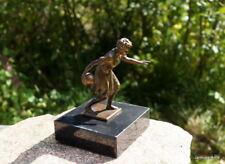 BEAU Figurine sur socle en marbre keglerin Spécial OBJET DE COLLECTION
