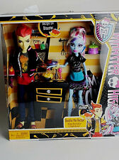 "MONSTER HIGH Classroom 2 Pack_ABBEY BOMINABLE & HEATH BURNS 9"" Fashion Dolls_MIB"