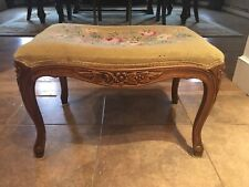 Vtg French Provincial Carved Wood Tapestry Floral Needlepoint Bench Ottoman