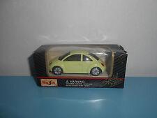 11.09.16.11 VW volkswagen new beetle voiture miniature Maisto 3 inch 1/64