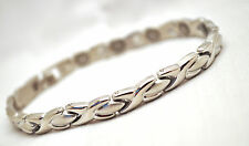 LADIES 7.5 IN SILVER HUGS 'N KISSES MAGNETIC THERAPY LINK BRACELET: For Pain!