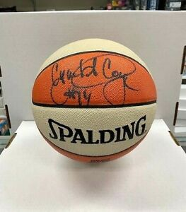 Cynthia Cooper Signed Official WNBA Basketball Beckett BAS Comets F96472