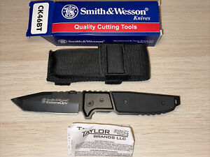 """Smith & Wesson CK46BT Extreme Ops™ 4-1/4"""" Black Tanto Plain Folder Discontinued"""