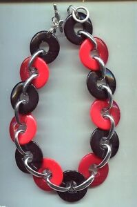 KENNETH LANE RED BLACK LOOP CHUNKY NECKLACE