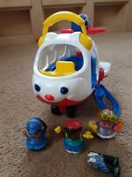 FISHER PRICE LITTLE PEOPLE 2009 spin n' fly AEROPLANE, MUSIC SOUNDS AND FIGURES
