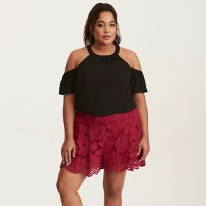 Torrid Scalloped Floral Lace Dressy Shorts 1X Fuchsia Pockets Lined Pull On NWT
