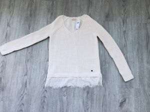 Hollister Pullover V-Neck Long Sleeve Lace Sweater Top Women's Size XS New