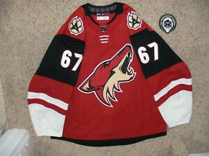 Arizona Coyotes #67 Lawson Crouse 18/19 Home Game Used Set 2 Jersey w/ LOA