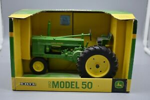 John Deere by Ertl 1952 Model 50 Toy Tractor 1/16, Metal, with Box Preowned.