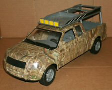 1/18 Scale Nissan Frontier Pickup Truck Plastic Toy Model Extra Cab New Ray Camo