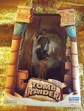 NEW 1998 TOMB RAIDER  LARA CROFT IN WET SUIT ACTION FIGURE PLAYMATES