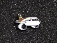 Pin UPS AIRLINES chubby pudgy BOEING 757 1inch / 25mm metal