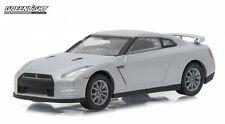 1:64 Motor World Series 16 2011 Nissan GT-R (R35) Greenlight