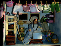 Waschküche/Vorratskeller Leine mit Babywäsche,Waschmaschine Catrichen 1:12