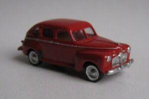 TT scale (1:120) model of the American car 1942 Ford sedan