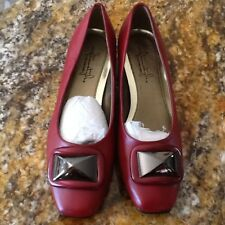 New Without Box Soft Style Hush Puppies Women Red Low Heel Pumps Shoe 7 M