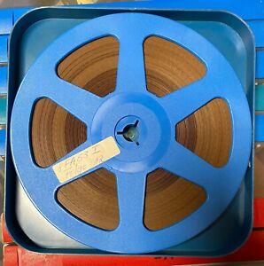 8 sehr schöne blaue 120m Filmspulen mit Sw-Tonfilmen in sehr gutem Zustand!