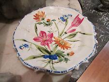 ancienne petite assiette decorative en faience decor floral signée