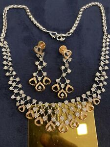 Stunning 2.14 Cts Round Brilliant Cut Diamonds Necklace Earrings In 585 14K Gold