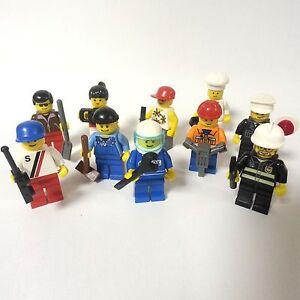 LEGO CITY 10 Minifiguren mit Zubehör und Kopfbedeckung Figuren Figur