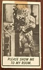 """Vintage 1963 *Topps MONSTER LAFFS Midgee Trading Card #1  """"Show Me To My Room"""""""