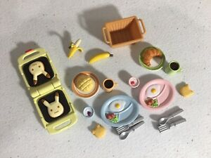 Calico critters/sylvanian families Breakfast For 2