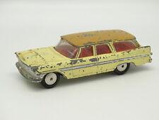 Corgi Toys SB 1/43 - Plymouth Sports Suburban