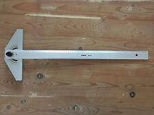 Tecnostyl 160 TM, riga a T 60 cm goniometrica 180 gradi, in alluminio