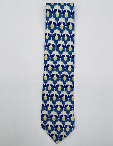 "Gucci vintage silk tie white & blue floral pattern excellent condition 3.75"" W"