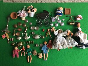 Dolls House Figures and Accessories