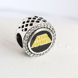"""Pandora Disney Parks Exclusive Star Wars """"May The Force Be With You"""" Charm + Box"""