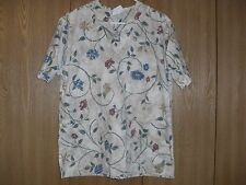 ladies size (M) la rose short sleeve beige floral scrub top
