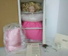 COA #235 NEW NRFB MARIE OSMOND BABY SLEEPING BEAUTY DISNEY PORCELAIN DOLL MINT