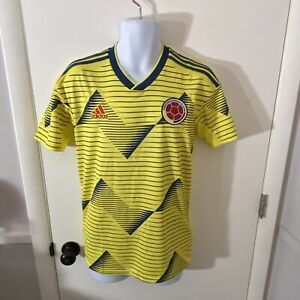 New Mens Adidas Climalite Colombia Home Soccer Futbol Jersey Size Small (DN6619)