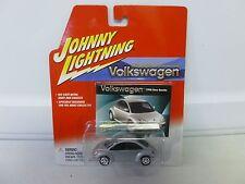 Johnny Lightning Volkswagen 1998 New Beetle