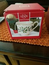 Opened Lenox Holiday 3.5 Teacup Candle Cinnamon Scent Ivory Gold Green Red 7.4oz