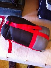 Saco De Dormir Mc Kinley TRAVELLER 1000 LITE-Tamaño 210 cm. x 75 cm.