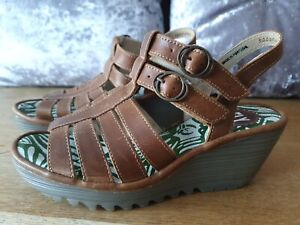 FLY LONDON SANDALS LADIES SIZE UK5 EU38 GENUINE GOOD CONDITION