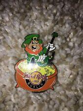Hard Rock Cafe Leprechaun Pot O Gold Guitar NTQ9A