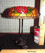 """Vintage Tiffany Style Glass & Wrought Iron Rose Desk Table Banker Lamp 9"""" Tall"""