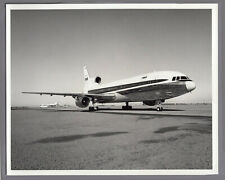 TWA TRANS WORLD AIRLINES LOCKHEED TRISTAR L-1011 LARGE VINTAGE PHOTO
