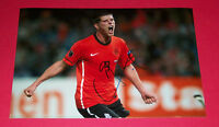 KLAAS JAN HUNTELAAR HAND SIGNED AUTOGRAPH 12X8 PHOTO