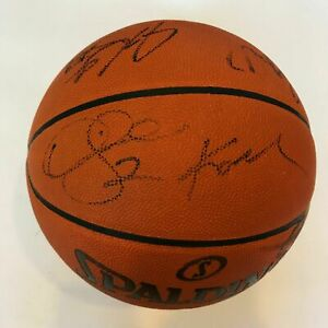 Kobe Bryant 2010-11 Los Angeles Lakers Team Signed Basketball With JSA COA