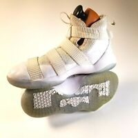 NIKE White ZOOM LEBRON Soldier XI 918369-103 Basketball SHOES Youth Size 7Y