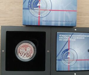 CAPE VERDE SILVER PROOF 250 ESCUDOS COIN 2015 YEAR 40th INDEPENDENCE BOX COA