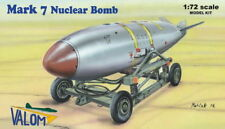 Valom 1/72 U.S. Mark 7 Nuclear Bomb with Cart # 72127